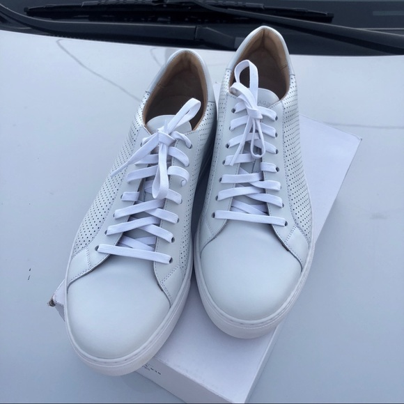 Magnanni Shoes   Magnanni White